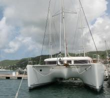 Lagoon 400 : In the marina